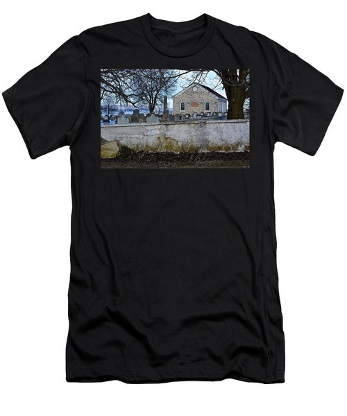 Old Leacock Presbyterian Church And Cemetery Men's T-Shirt (Athletic Fit)