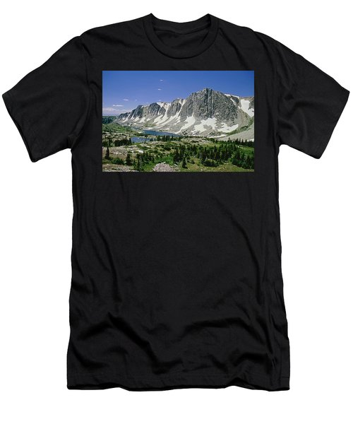 M-09702-old Main Peak, Wy Men's T-Shirt (Athletic Fit)