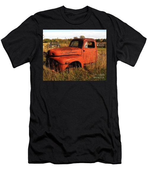 Old Orange Men's T-Shirt (Athletic Fit)