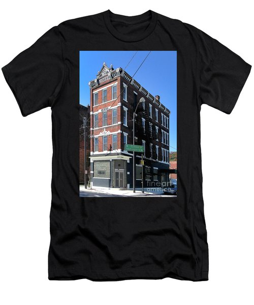 Old Penn Hotel - Johnstown Pa Men's T-Shirt (Athletic Fit)