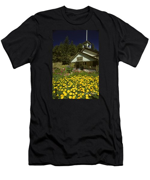 Old Schoolhouse And Garden. Men's T-Shirt (Athletic Fit)