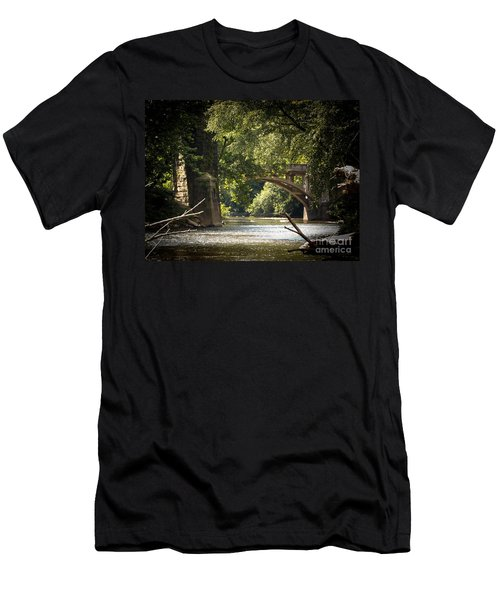 Old Stone Bridge Men's T-Shirt (Athletic Fit)
