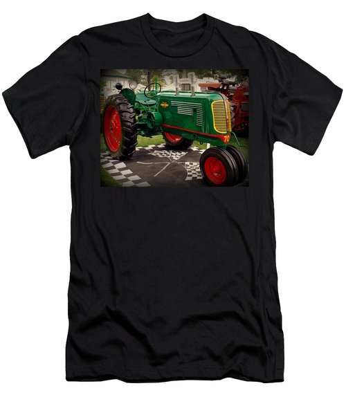 Oliver 70 Row Crop Men's T-Shirt (Athletic Fit)