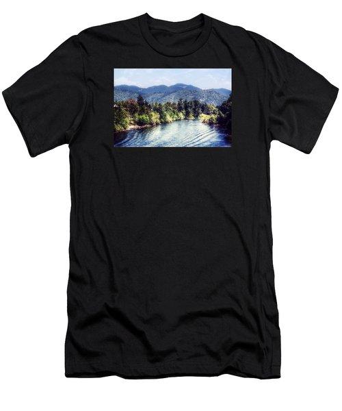 Oregon Views Men's T-Shirt (Athletic Fit)