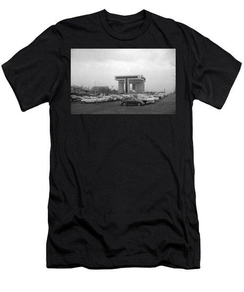 P O N Y A Building Men's T-Shirt (Athletic Fit)