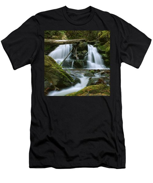 Packer Falls Men's T-Shirt (Athletic Fit)