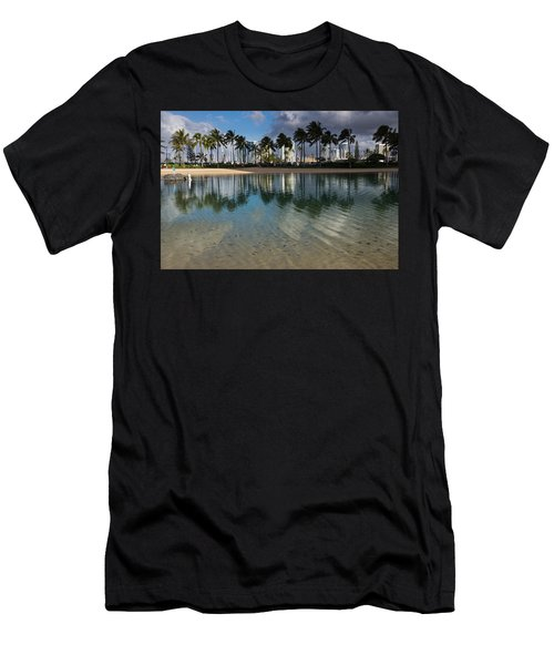 Palm Trees Crystal Clear Lagoon Water And Tropical Fish Men's T-Shirt (Athletic Fit)