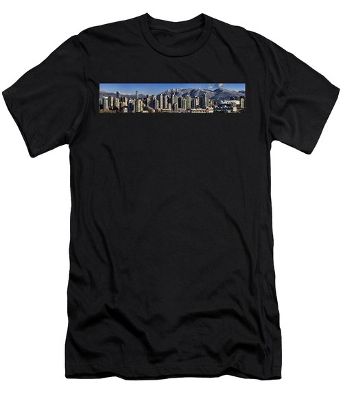 Pano Vancouver Snowy Skyline Men's T-Shirt (Athletic Fit)