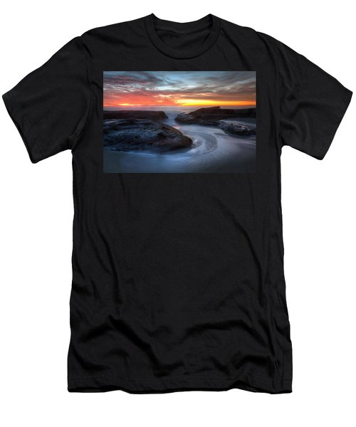 Path To The Sea Men's T-Shirt (Athletic Fit)