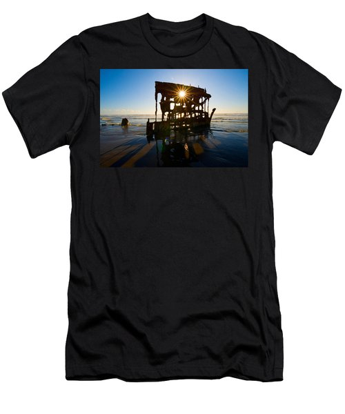 Peter Iredale Shipwreck, Fort Stevens Men's T-Shirt (Athletic Fit)