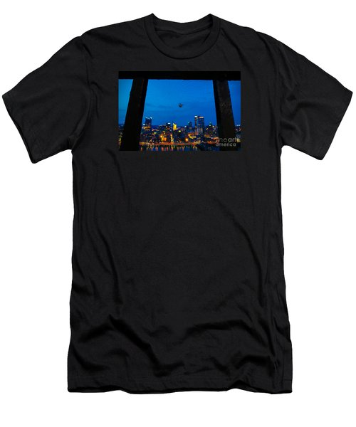 Pittsburgh Skyline At Night Men's T-Shirt (Athletic Fit)