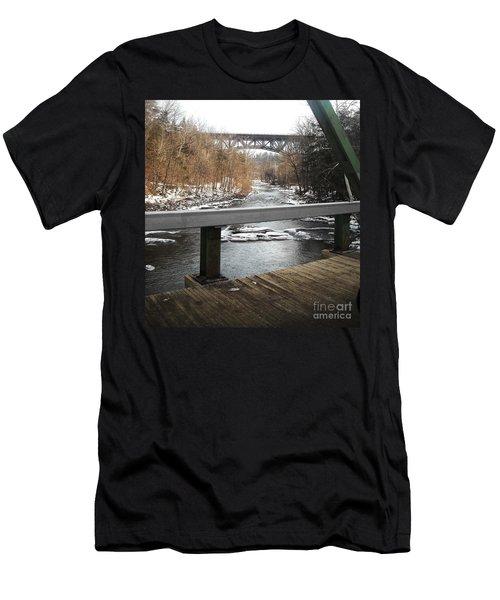 Plank Bridge Catskill Ny Men's T-Shirt (Athletic Fit)