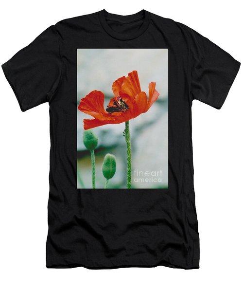 Poppy - 1 Men's T-Shirt (Athletic Fit)