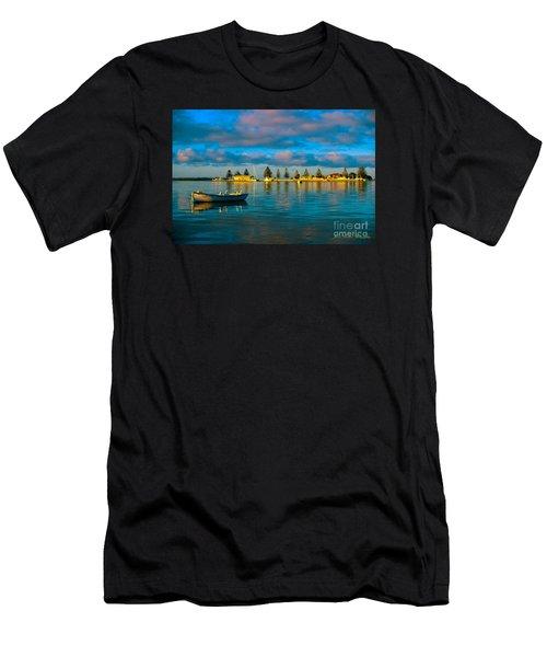 Port Albert Bay Men's T-Shirt (Athletic Fit)