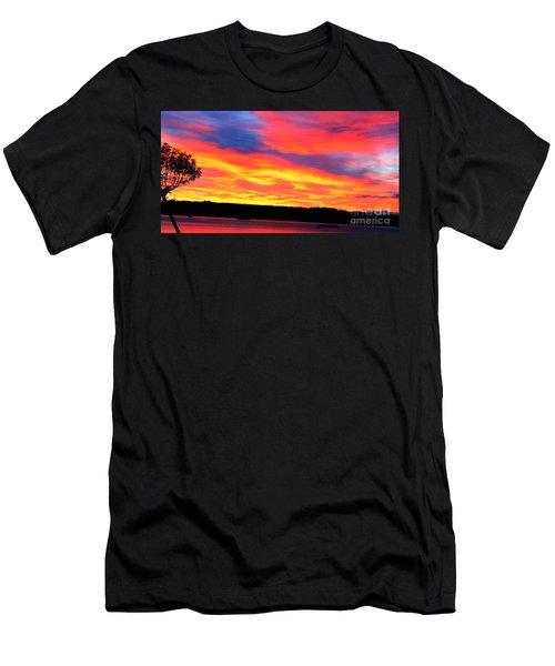 Puget Sound Colors Men's T-Shirt (Athletic Fit)