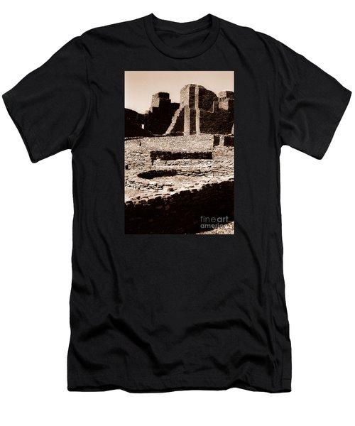 Quarai II Men's T-Shirt (Athletic Fit)
