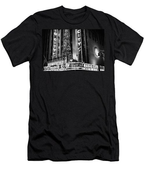 Radio City New York Men's T-Shirt (Athletic Fit)