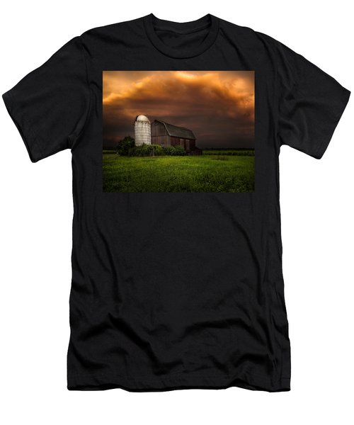 Red Barn Stormy Sky - Rustic Dreams Men's T-Shirt (Athletic Fit)