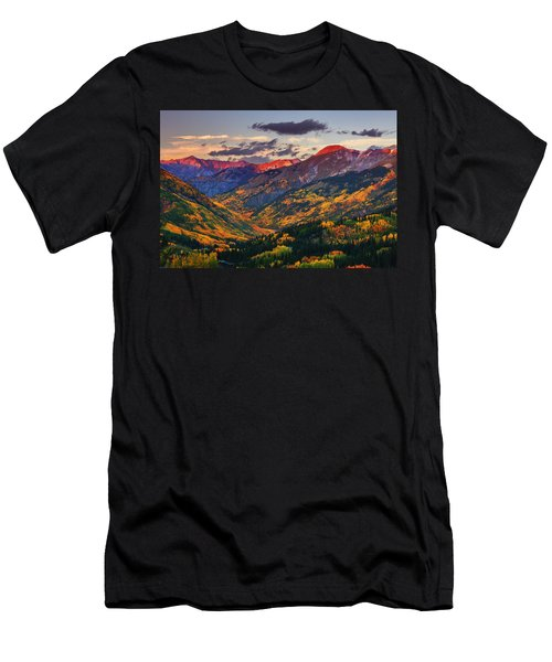 Red Mountain Pass Sunset Men's T-Shirt (Athletic Fit)