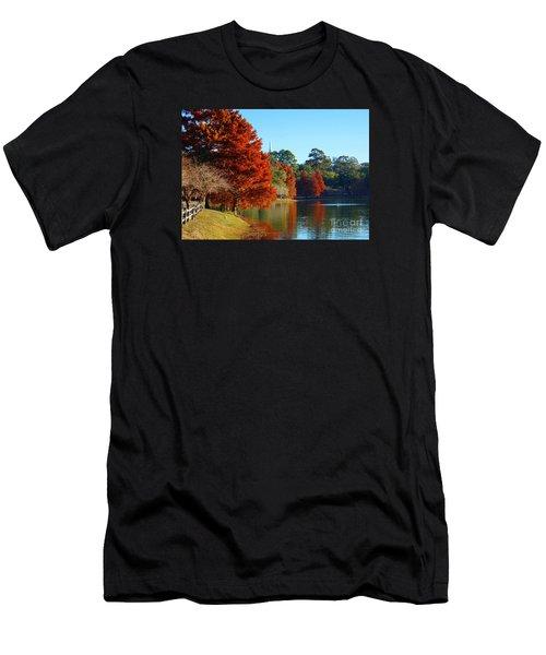 Red Pine On Lake Ella Men's T-Shirt (Athletic Fit)