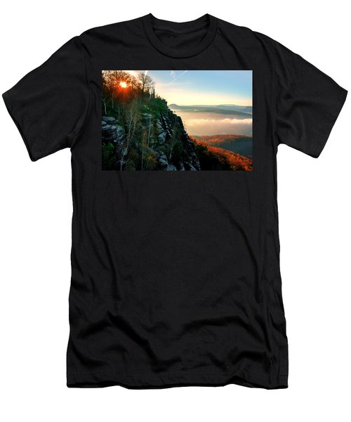 Red Sun Rays On The Lilienstein Men's T-Shirt (Athletic Fit)