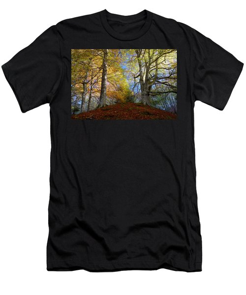 Reelig Forest  Men's T-Shirt (Athletic Fit)