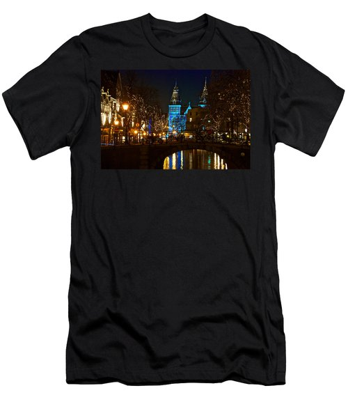 Rijksmuseum At Night Men's T-Shirt (Athletic Fit)