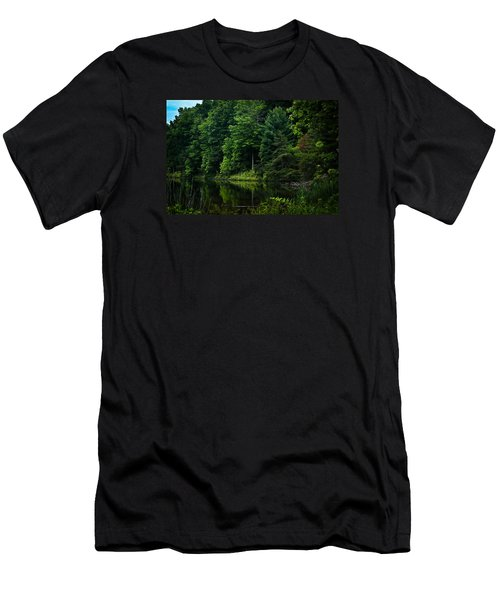 Rose Lake Beauty Men's T-Shirt (Athletic Fit)