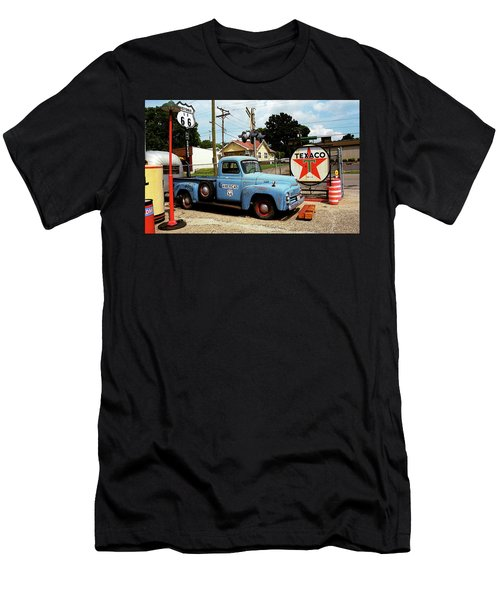 Route 66 - Gas Station With Watercolor Effect Men's T-Shirt (Slim Fit)