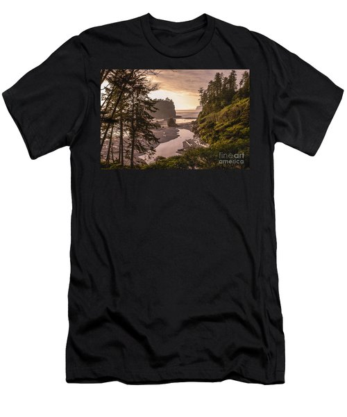 Ruby Beach Landscape Men's T-Shirt (Athletic Fit)