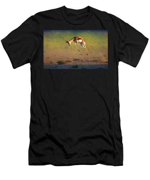 Running Springbok Jumping High Men's T-Shirt (Athletic Fit)
