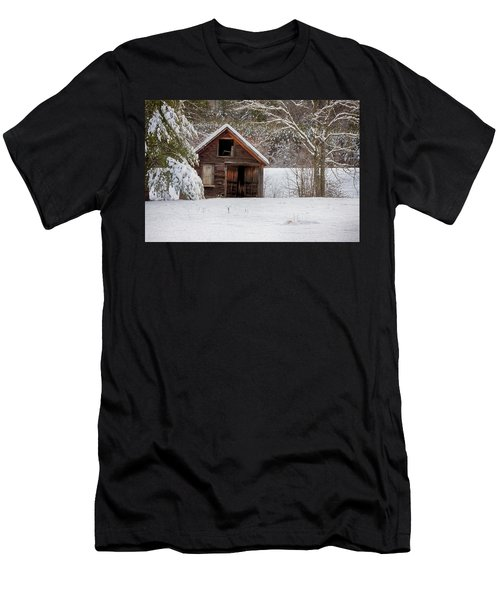 Rustic Shack In Snow Men's T-Shirt (Athletic Fit)