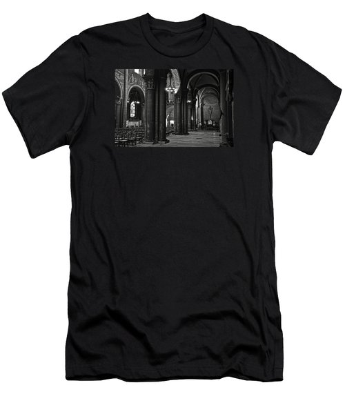 Saint Germain Des Pres - Paris Men's T-Shirt (Athletic Fit)