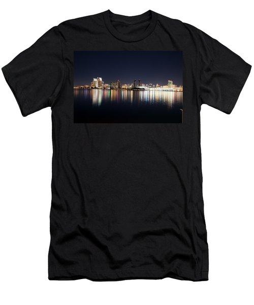 San Diego Ca Men's T-Shirt (Athletic Fit)