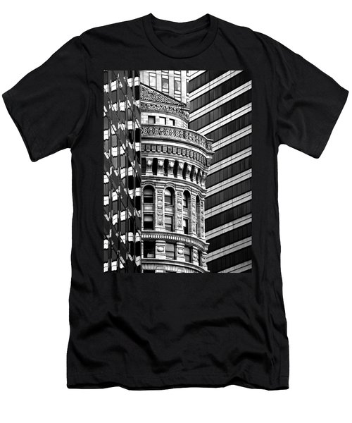 San Francisco Design Men's T-Shirt (Slim Fit) by Art Shimamura