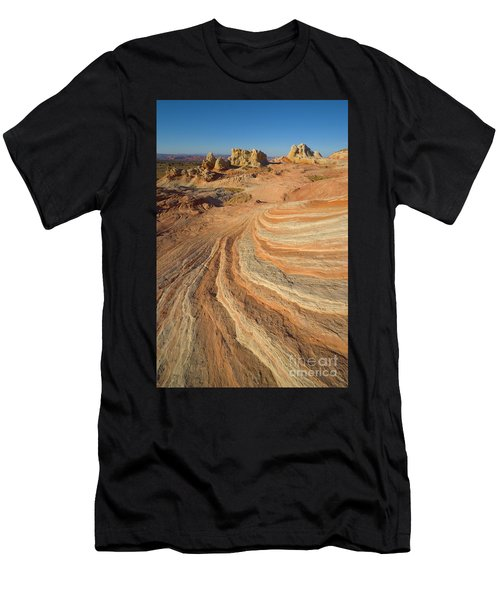 Sandstone Formations Coyote Buttes Men's T-Shirt (Athletic Fit)