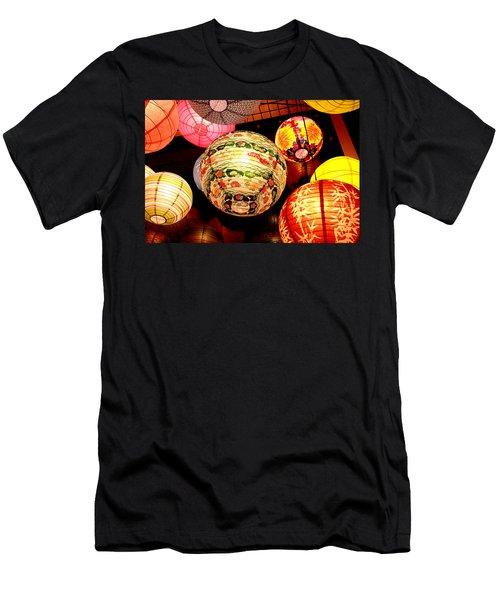 Santa Cruz Lights Men's T-Shirt (Athletic Fit)