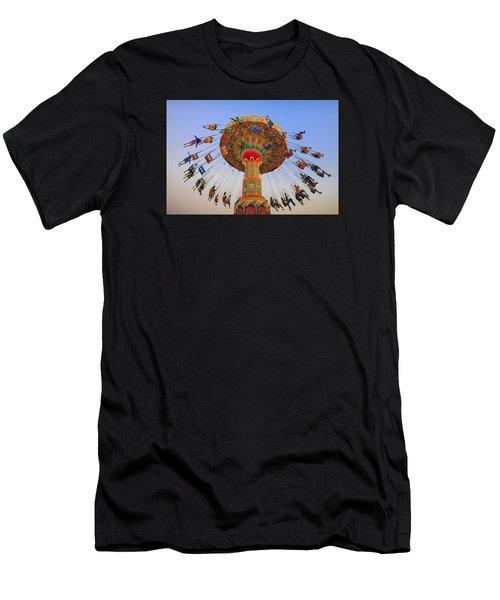 Santa Cruz Seaswing At Sunset 9 Men's T-Shirt (Athletic Fit)