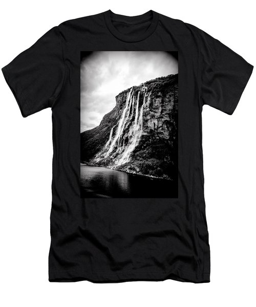 Seven Sisters Waterfall Men's T-Shirt (Athletic Fit)