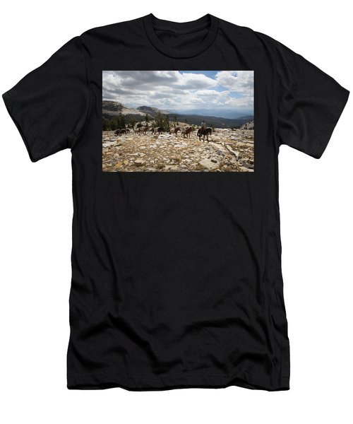 Sierra Trail Men's T-Shirt (Athletic Fit)