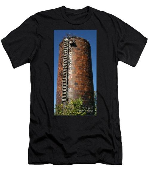 Silo Hamel Il Men's T-Shirt (Athletic Fit)