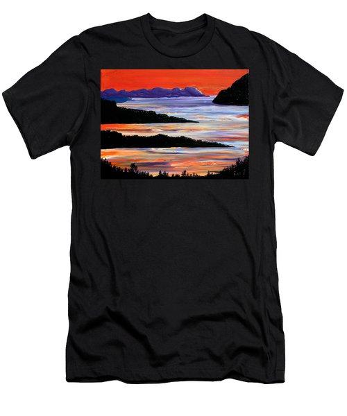 Sitting Seaside Men's T-Shirt (Athletic Fit)