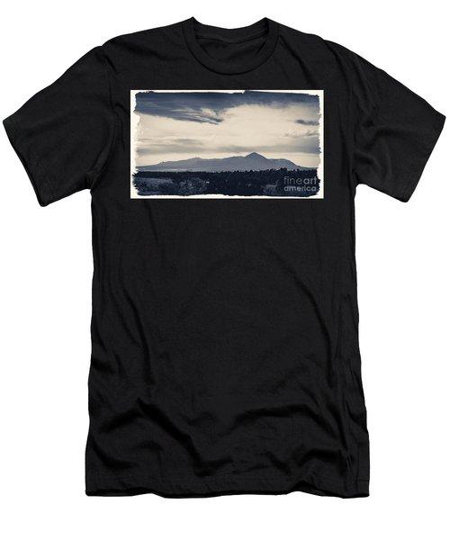 Sleeping Ute Mountain Men's T-Shirt (Athletic Fit)