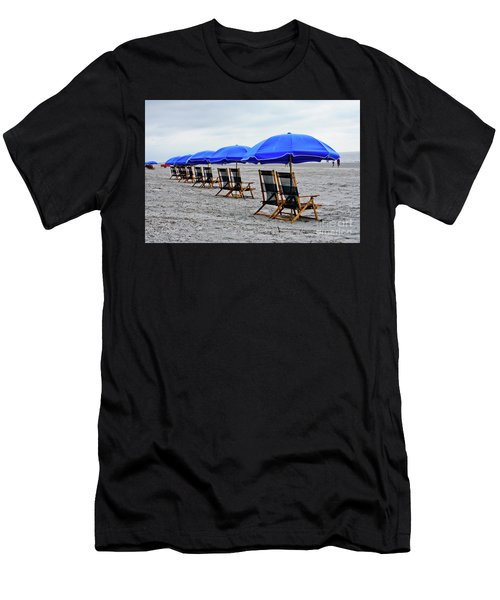 Slow Day At The  Beach Men's T-Shirt (Athletic Fit)