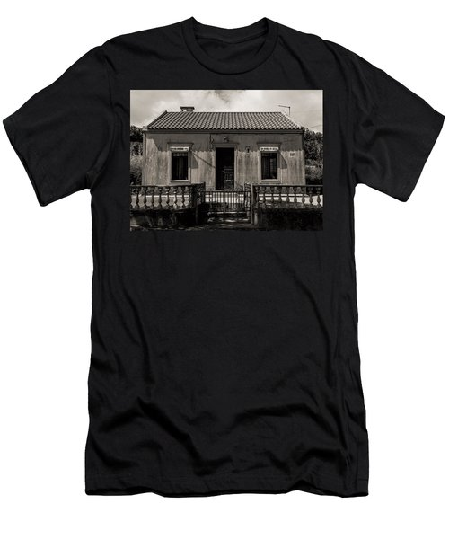 Small Country House With Tiled Roof  Men's T-Shirt (Athletic Fit)