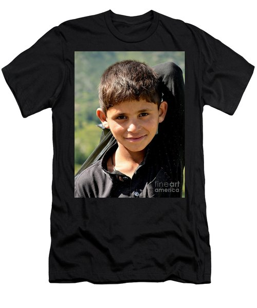 Smiling Boy In The Swat Valley - Pakistan Men's T-Shirt (Athletic Fit)