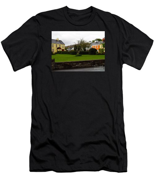 Sneem- Home Of The Blue Bull Men's T-Shirt (Athletic Fit)