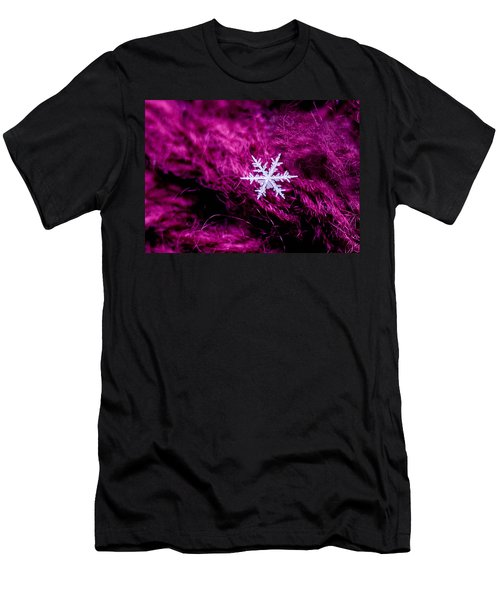 Snowflake On Magenta Men's T-Shirt (Athletic Fit)
