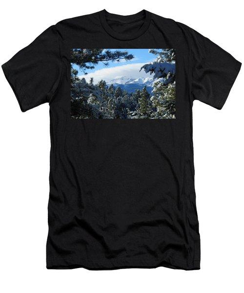 Snowy Pikes Peak Men's T-Shirt (Athletic Fit)