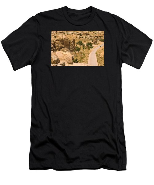 Southern Mesa View Men's T-Shirt (Athletic Fit)